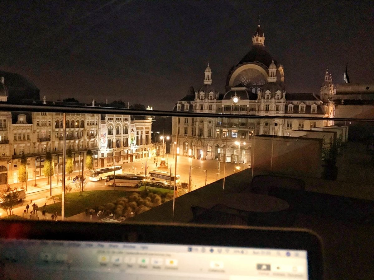Blogging from the rooftop terrace of the Indigo Antwerp
