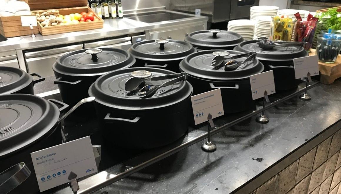 KLM Lounge food