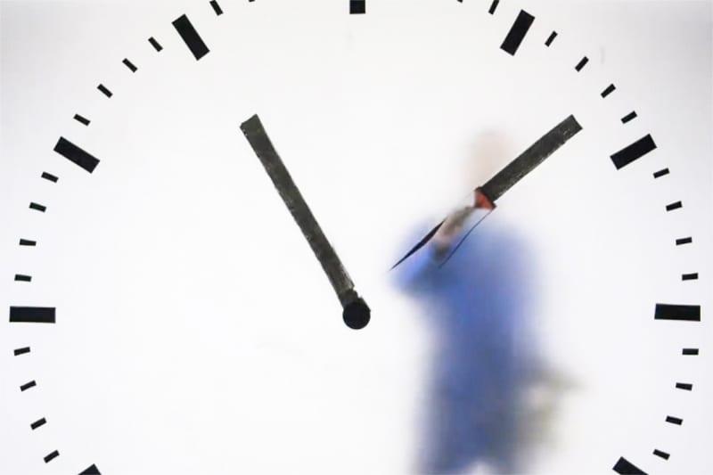 Maarten Baas Schiphol Clock