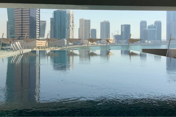 Dubai Renaissance pool